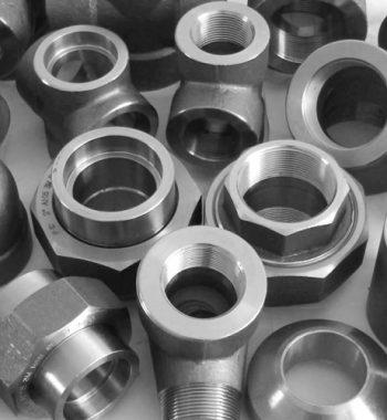 A182-Gr-F11-Alloy-Steel-Pipe-Cap
